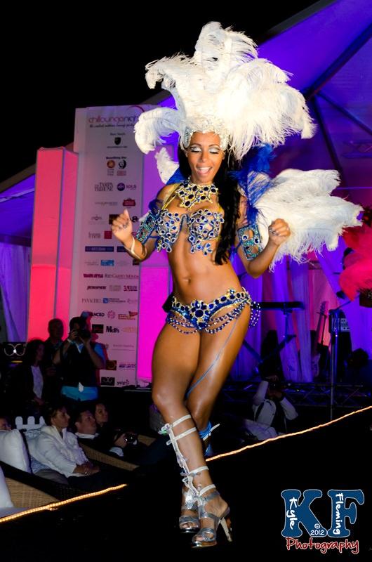 Phoebe Vecchioni Chillounge Phoebe's Samba Team